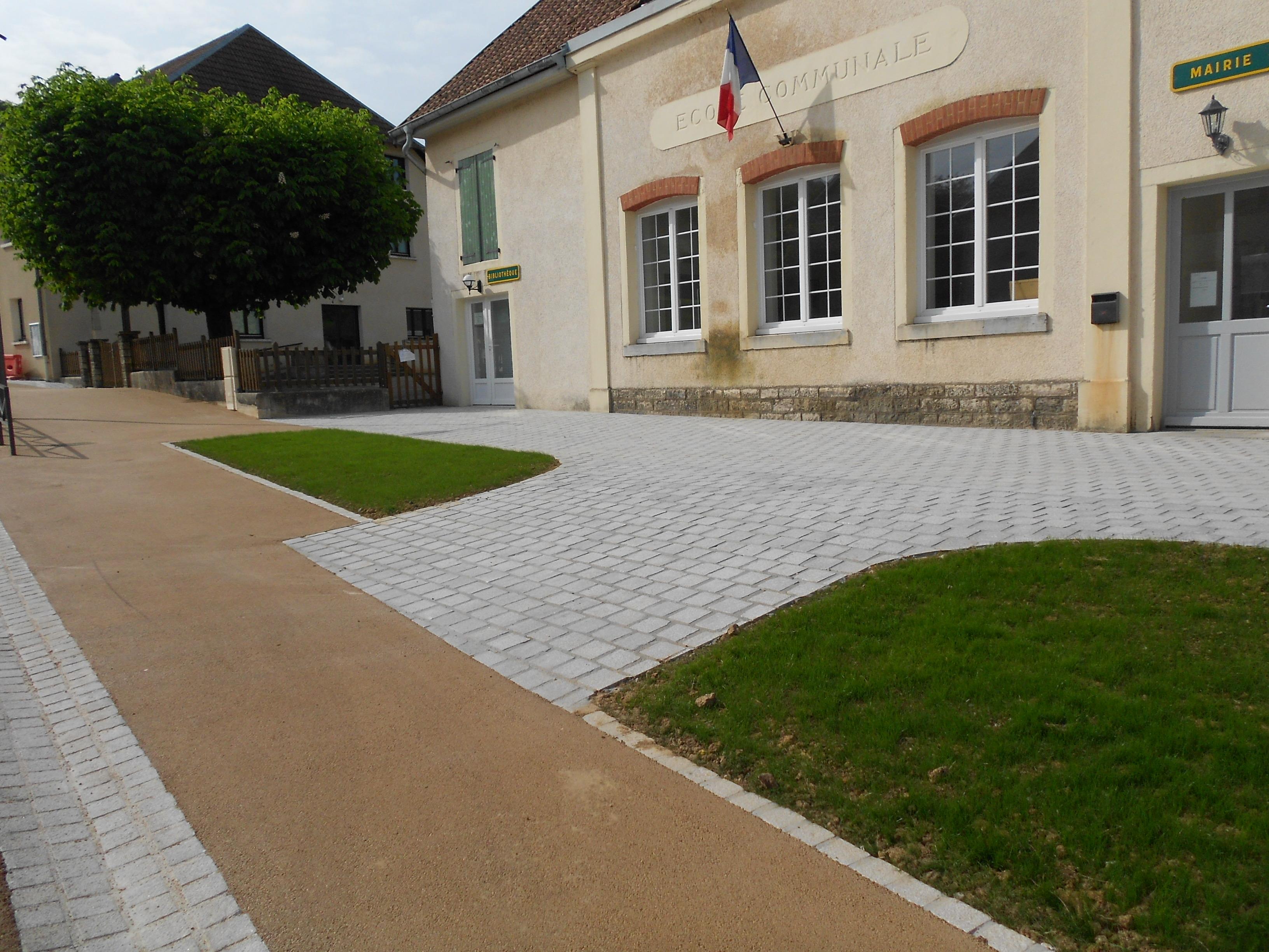 L'ancienne école devenue mairie